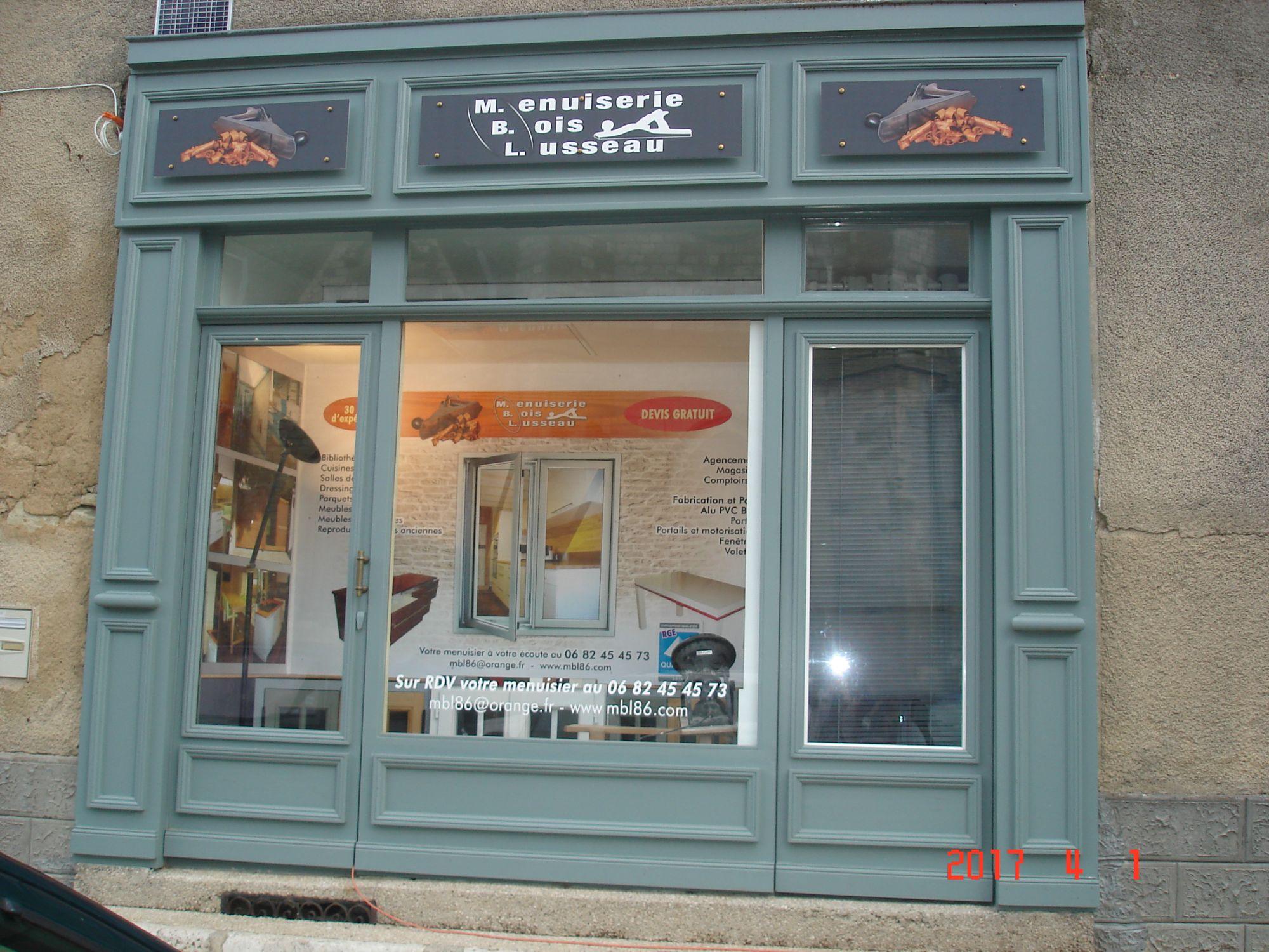 devanture de magasin mbl 86 menuiserie amberre 86. Black Bedroom Furniture Sets. Home Design Ideas